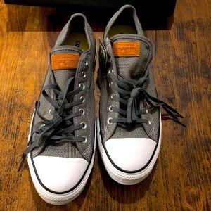 NWT Converse woven gray size 11